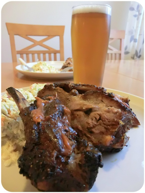 Grilled ribs, coleslaw & American Cousin-beer