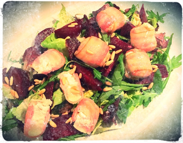 beetroot-chevre-baconsalad