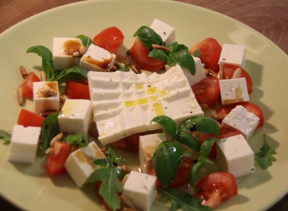 salaattijuusto